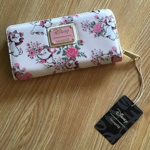Loungefly Disney Aristocats Marie wallet NWT